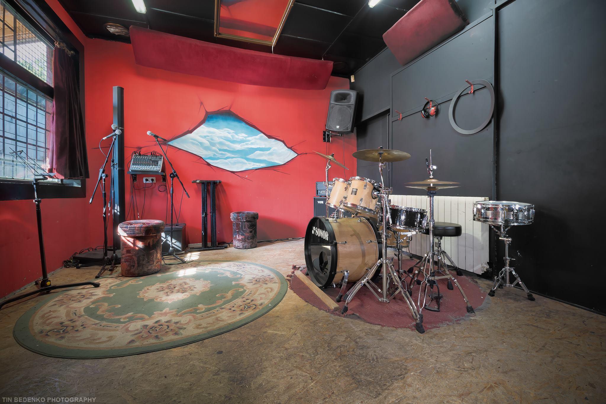 Druženje s tama bubnjevima