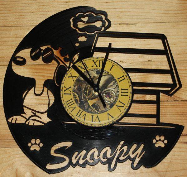 Snoopy vynil zidni sat