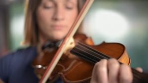 Tečaj violine u Glazbenoj Kući uz Niku Maslač